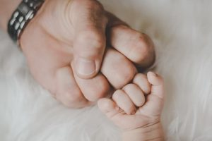 dad-baby-fist-bump