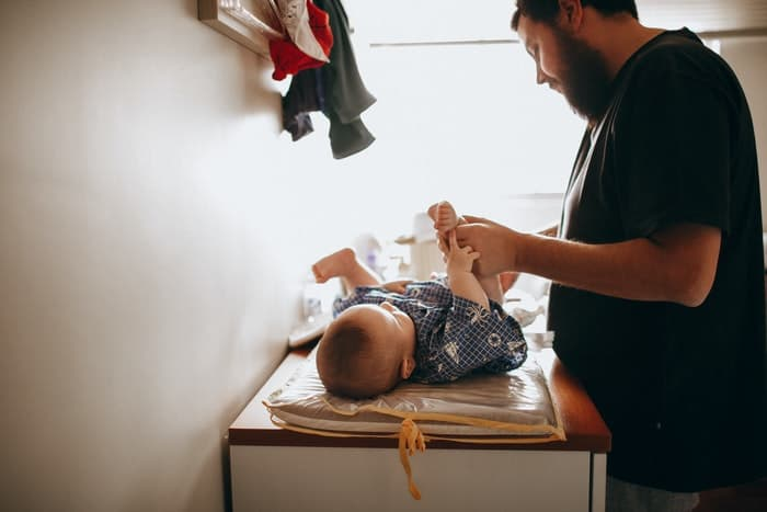 Single Dads vs. Diapers: The Best Ways for Dads to Change Diapers on the Go